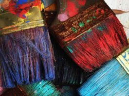 What-Favorite-Painting-Equipment-We-Use-to-Paint-on-thevocalpoint