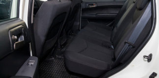 Carpet-vs.-Rubber-The-Right-Car-Floor-Mat-Material-on-thevocalpoint