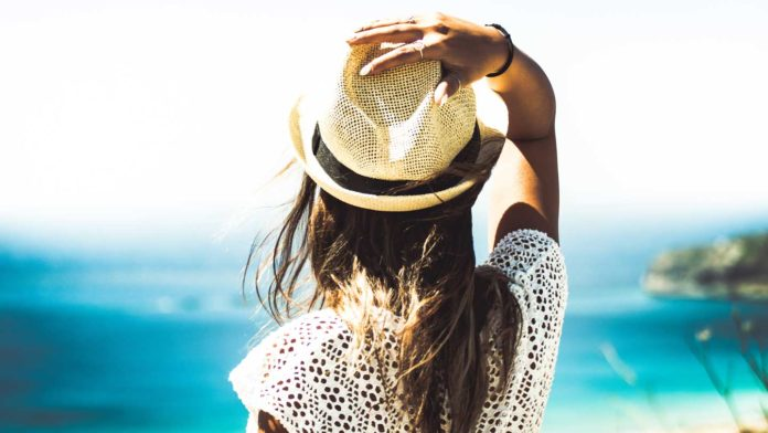 Tips-To-Keep-Your-Hair-Cool-&-Protecting-In-Summer-on-thevocalpoint