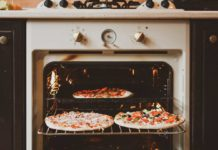 Method-to-Reheat-Your-Pizzas-in-the-Micro-Oven-on-thevocalpoint